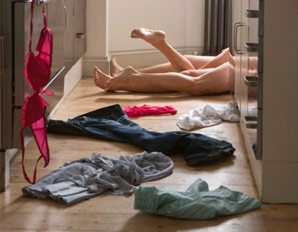 1.29.2013 sex-couple-kitchen-floor-298x232